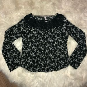 Xhilaration- Black long sleeved top with flowers